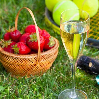 read more about 5 Wimbledon traditions that us Brits love