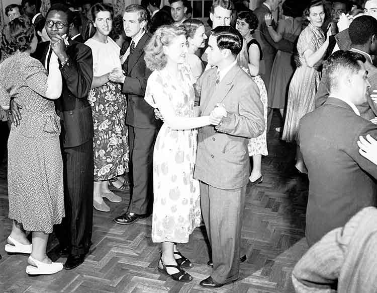 couples dancing together at a social dance